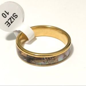 Gold Tone with Ring Abalone Shell inlay, Size 10